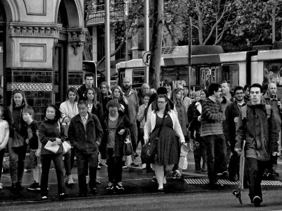 Crowd crossing Flinders St